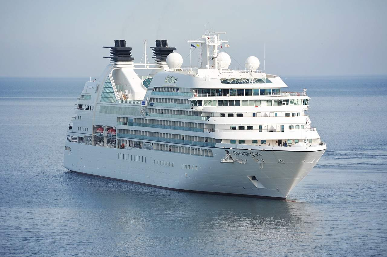 4 Best Cost-effective Cruise Ship Lines